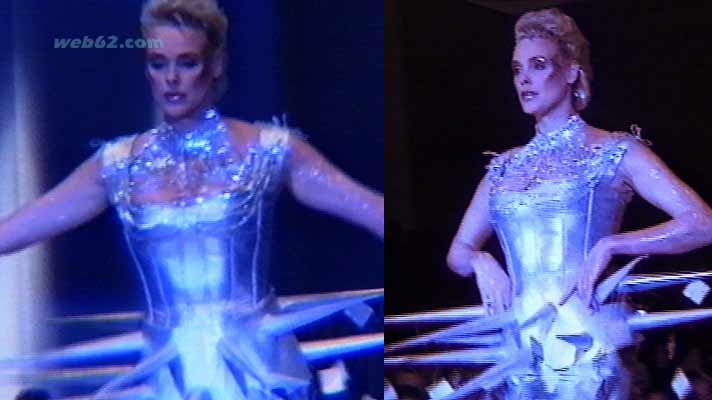 Photo Brigitte Nielsen on the catwalk